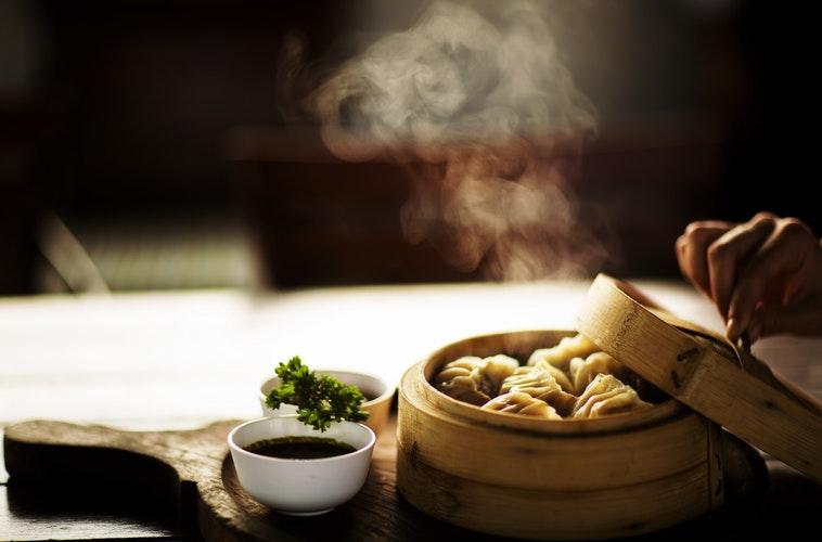 cuisine photo-1523905330026-b8bd1f5f320e